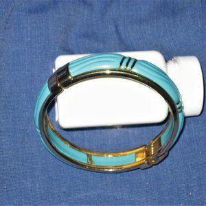 Turquoise Clasp Bracelet